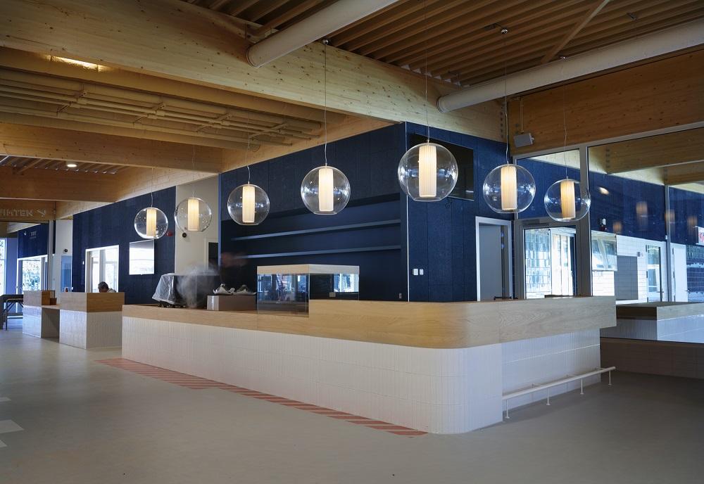 maatwerk interieurbouw balie Zwembad Bodegraven